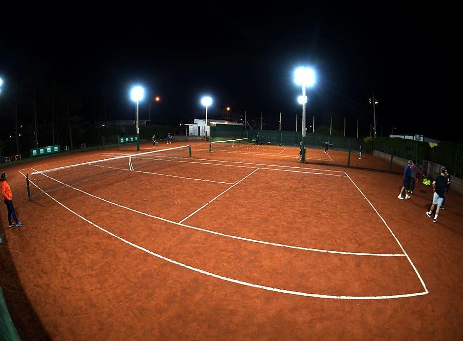 instalaciones-club-nautico-canchas-tenis-2