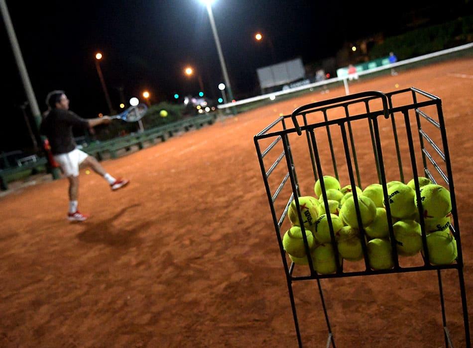 instalaciones-club-nautico-canchas-tenis-3