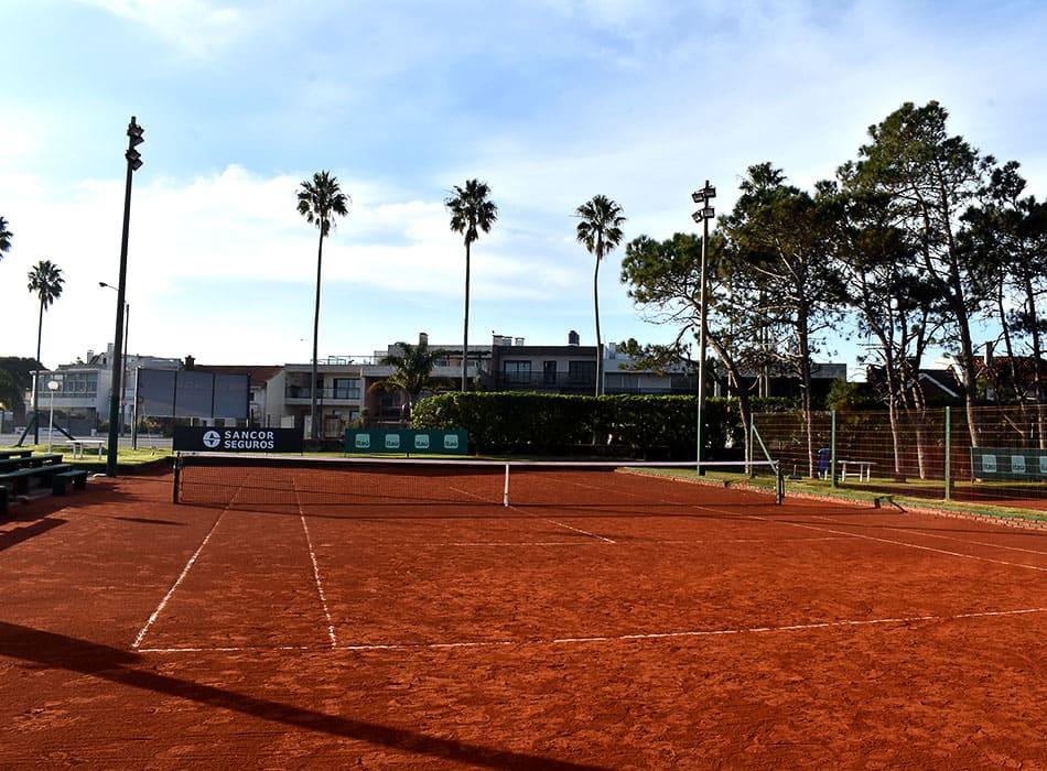 instalaciones-club-nautico-canchas-tenis-5