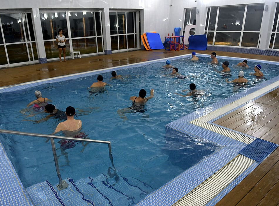 instalaciones-club-nautico-piscina-solarium-5