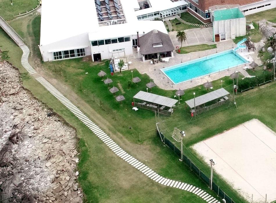 instalaciones-club-nautico-piscina-solarium10