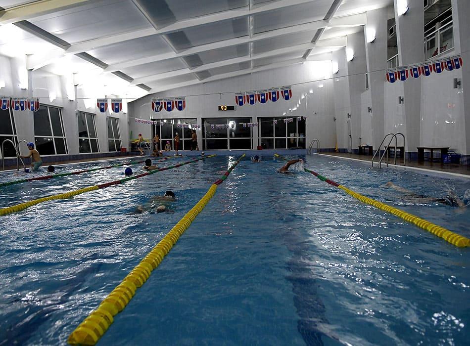 instalaciones-club-nautico-piscina-solarium2