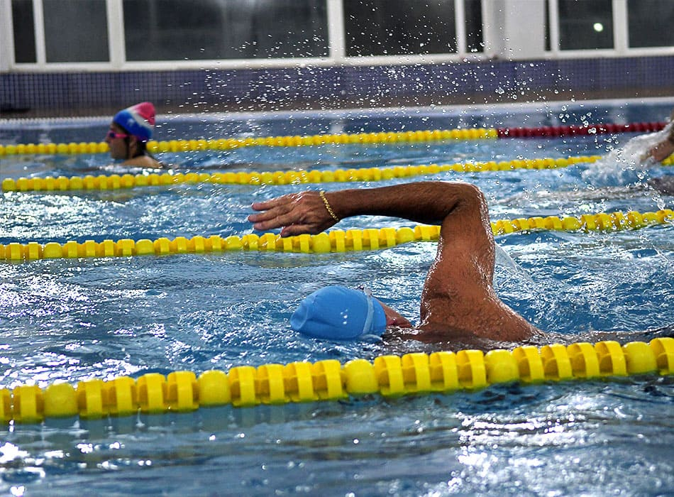 instalaciones-club-nautico-piscina-solarium3