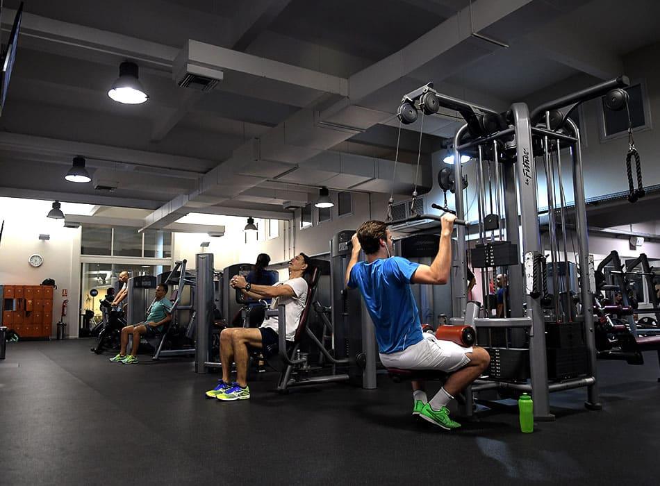 instalaciones-club-nautico-sala-musculacio6