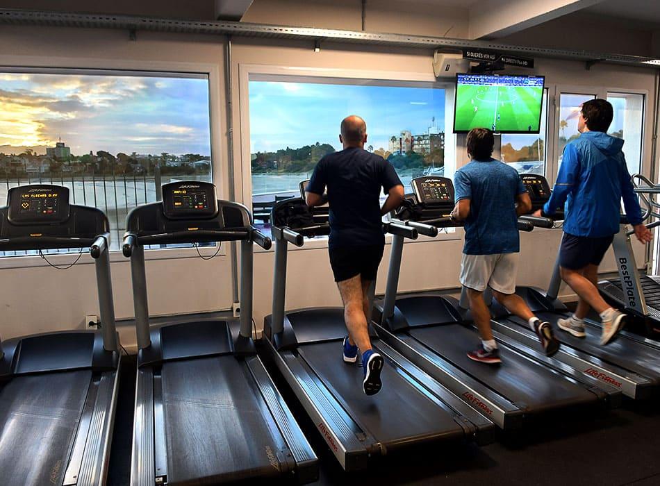 instalaciones-club-nautico-sala-musculacion